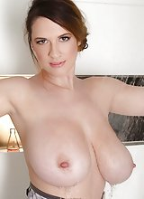 Lana Kendrick on Shower Room Wet Titties Exposed